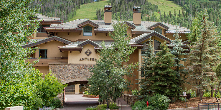 Antlers at Vail exterior