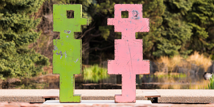 Denver Botanic Gardens - Pixelated: Sculpture by Mike Whiting Pinkie Mr. Green