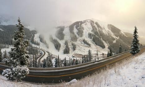 2016/17 North American Ski Season beings Friday, October 21!