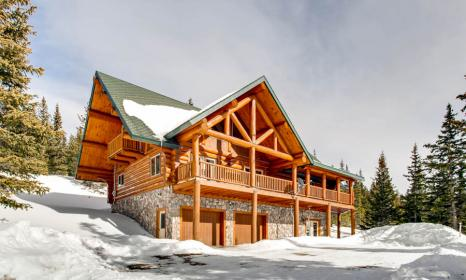 Shangri-La - Just 15 minutes from Breckenridge with Hot Tub and Game Room