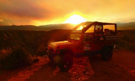 Sunset Royal Gorge jeep tour, includes dinner at Royal Gorge Bridge.